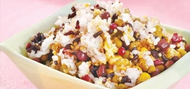Beplay官网版可以制成粥、煎饼和米饭,香喷喷